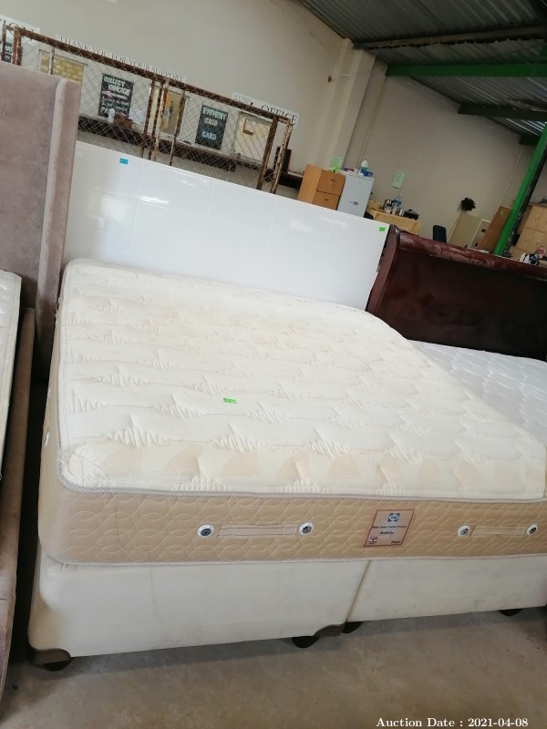 321 King Bed with Headboard & Sealy Mattress
