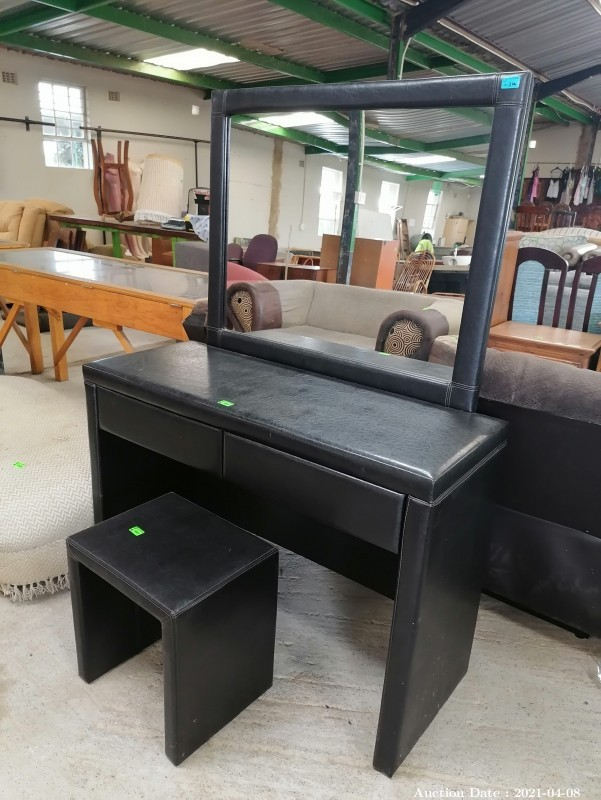 314 Faux Leather Dressing Table