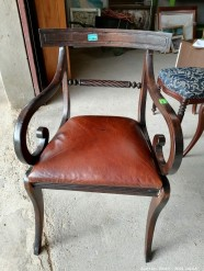 Description 324 Vintage Style chair with leather cushion
