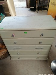 Description 508 Chest of Drawers