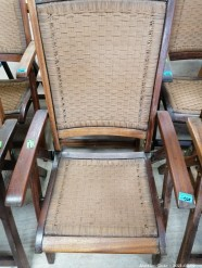 Description 521 Vintage Folding Chairs