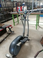 Description 318 Trojan Elliptical Trainer
