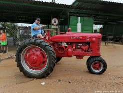 Description Red Farmall Super BM tractor.  International Harvester manufacturer, Doncaster, England.  Diesel engine 4.3L 4-cyl tvo.  Weight: 2404 kg, 6 x 16 front tyre and 11 x 38 rear tyre.  This bid will be used as your proxy bid on our live auction - Online bidders will be notified by 6 Pm by Auction day. AP Score 10/10.. This is a live and online auction.