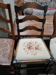 Description 115 Chair