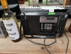 Description Classic Sony mini portable radio (30 x 10 x 20 cm)  This bid will be used as your proxy bid on our live auction - Online bidders will be notified by 6 Pm by Auction day. AP Score 10/10. This is a live and online auction.