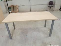 Description 307 Versatile Beech Laminate Table