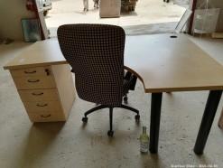 Description 501 Office Desk & Chair