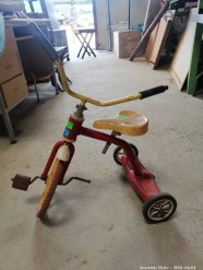 Description 331 - Collectable 1960s Original Tri-ang Trike - Toy Collector\'s Dream !!
