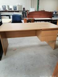 Description 322 Office Desk