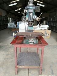 Description 439 Mini Milling Machine