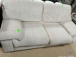 Description 124 Couch